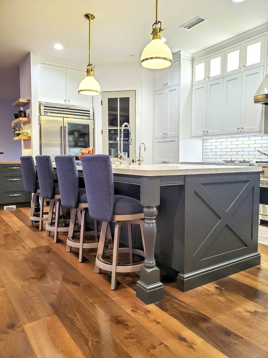 Fitucci Custom Cabinets - Los Angeles - kitchen island with chairs. the ktichen island was custom built.